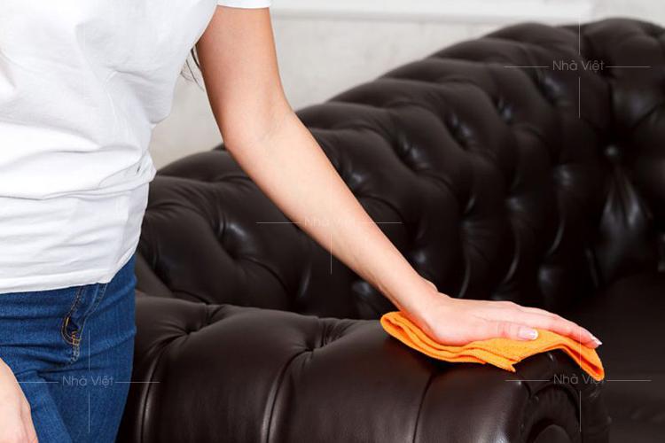 Sofa da bị rách và cách khắc phục tại nhà nhanh chóng